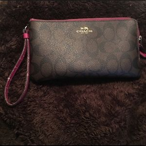 Coach xl zip wristlet